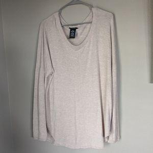 Premise xl long tunic like sweater.